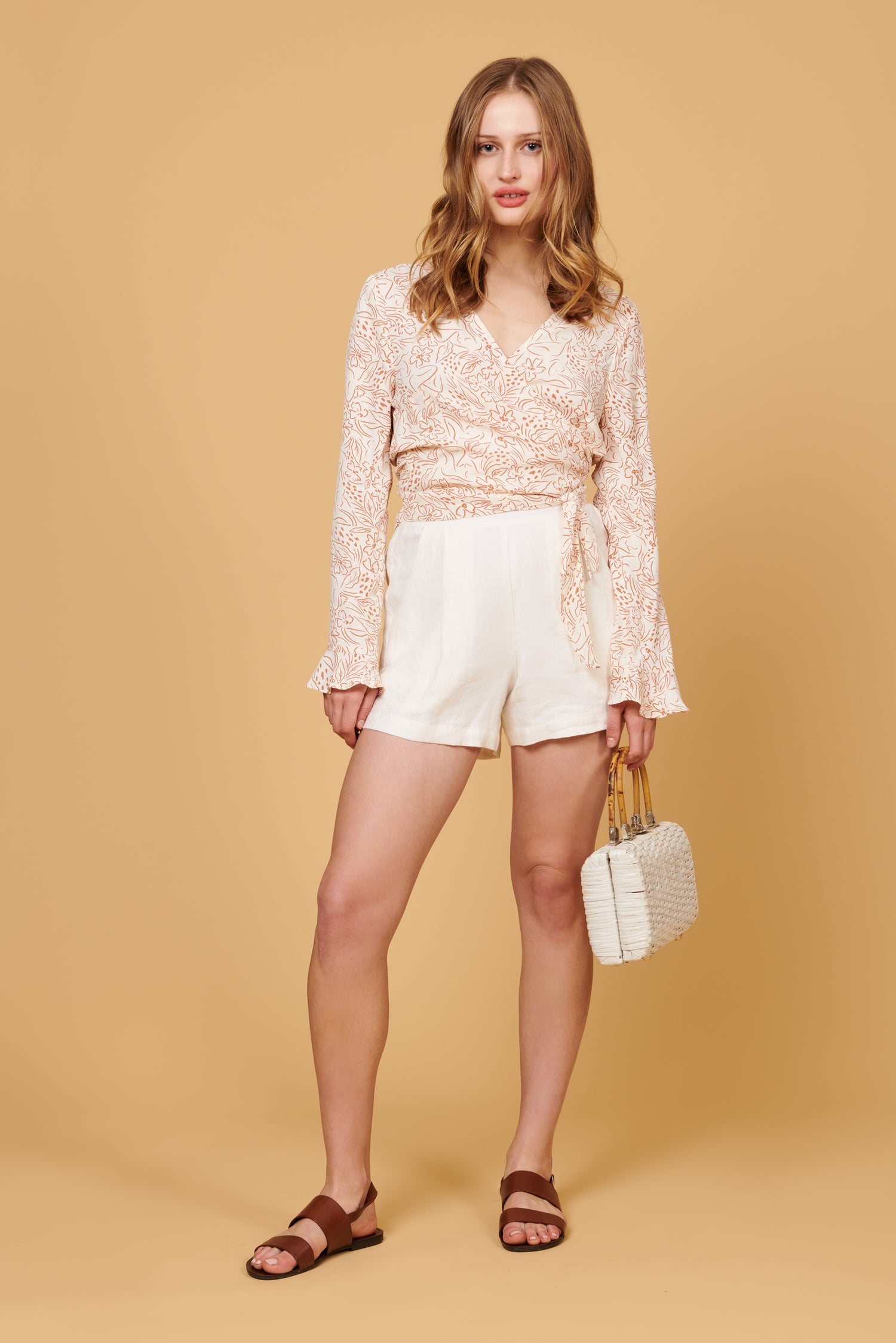 Valentina Shorts in White Linen
