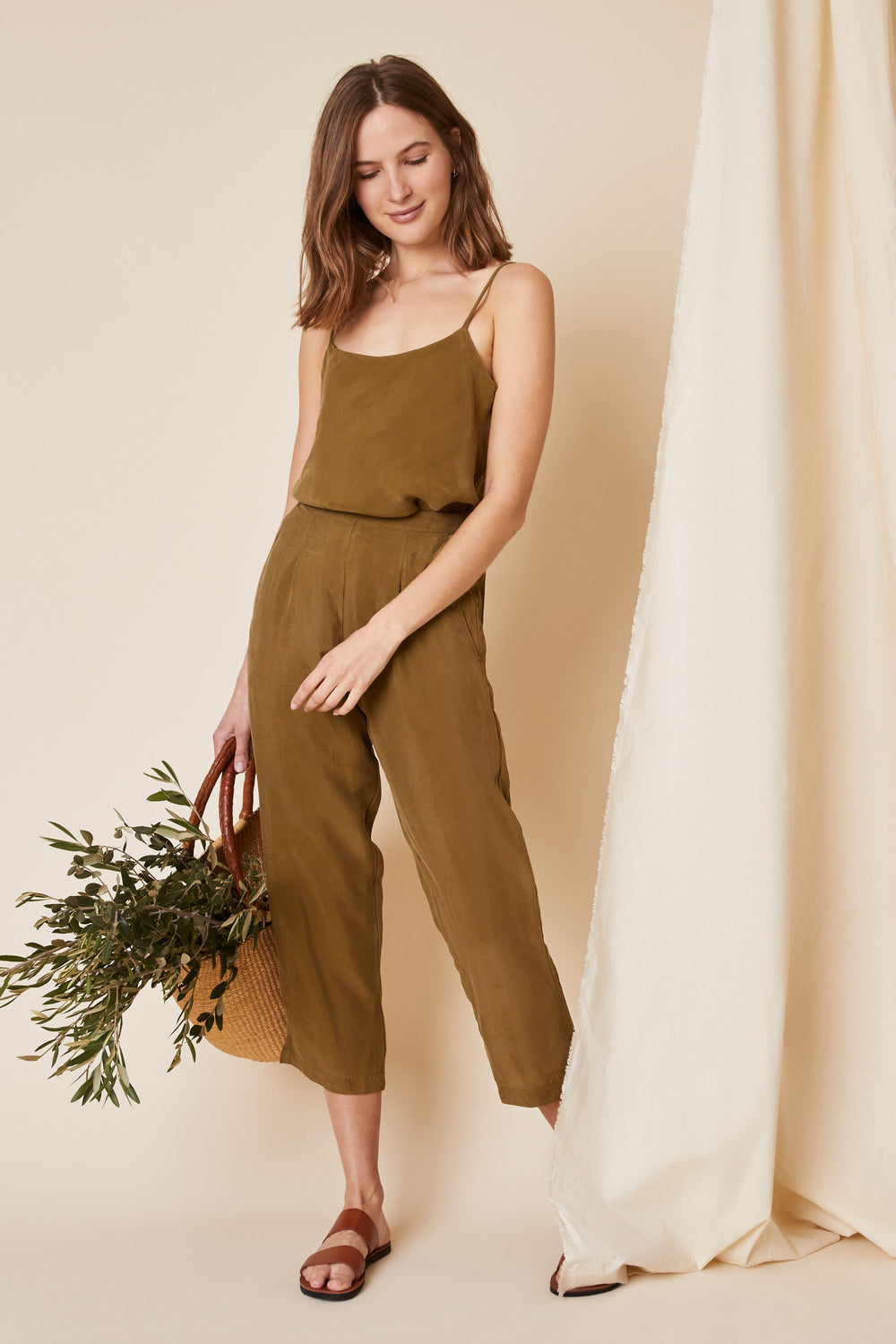 Rowen Pant in Olive - Whimsy & Row