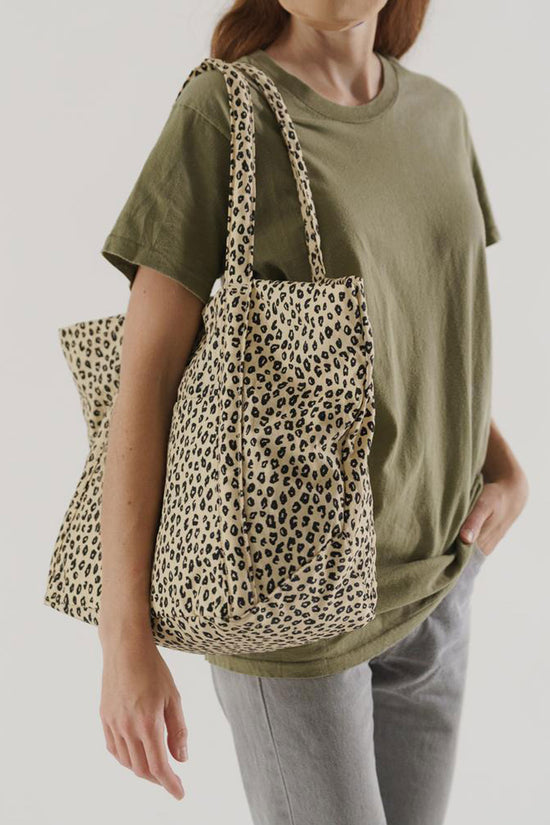 Baggu Cloud Bag in Honey Leopard - Whimsy & Row