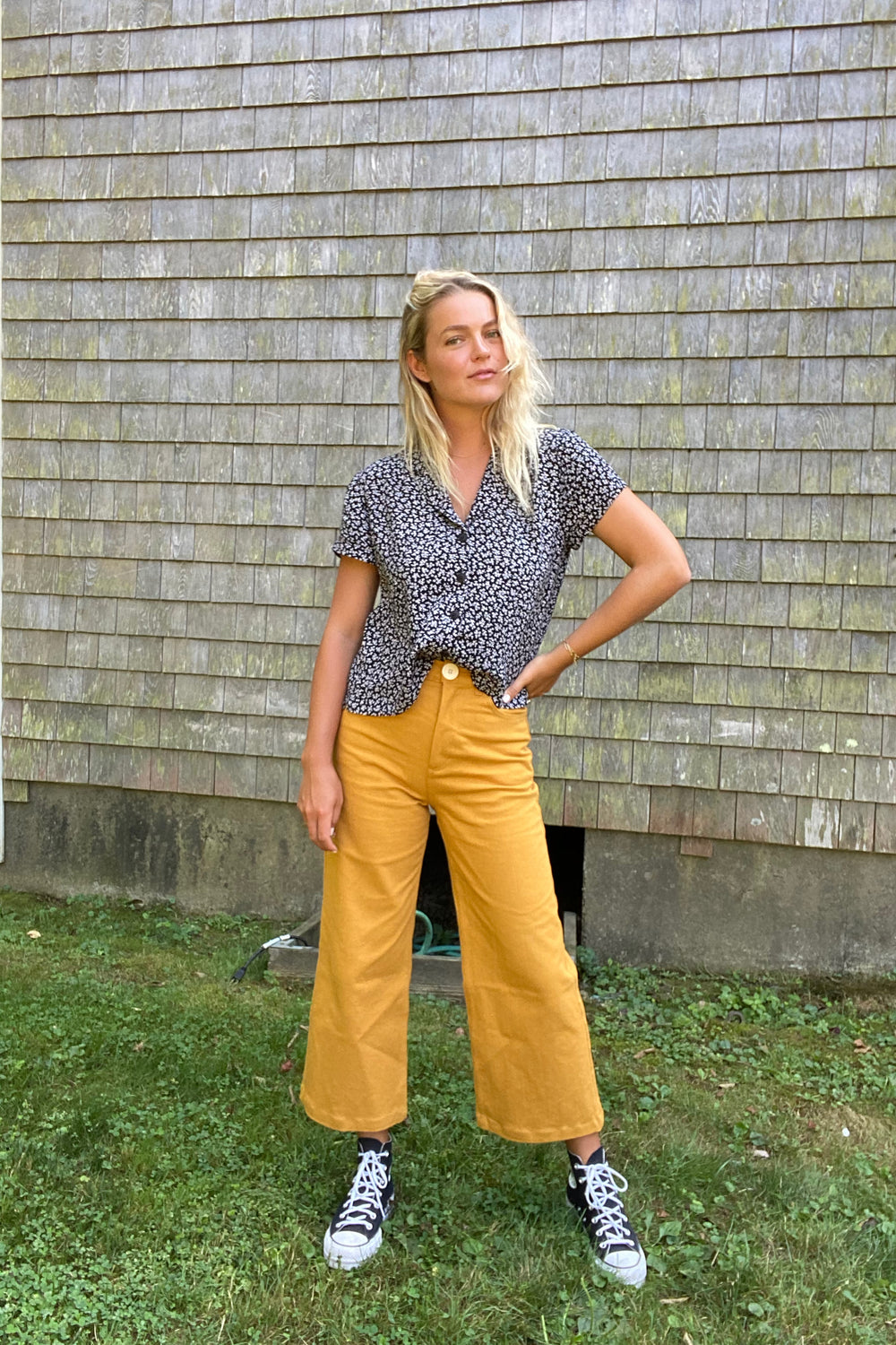 Flora Pant in Gold - Whimsy & Row