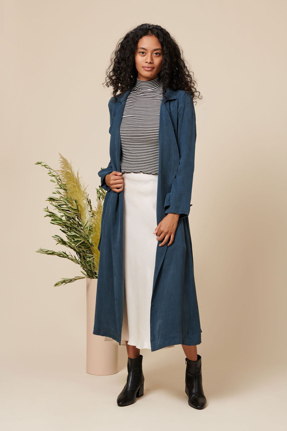 Gia Jacket in Blue - Whimsy & Row