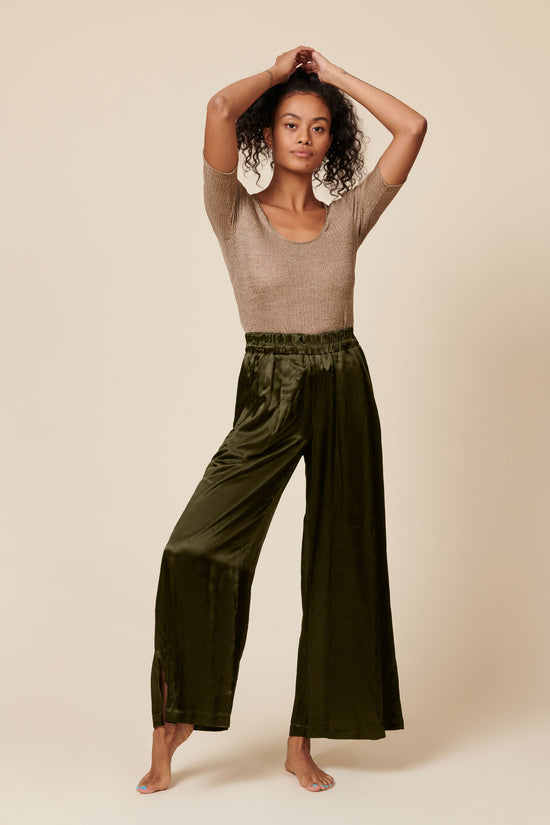 Norah Pant in Shiny Hunter - Whimsy & Row