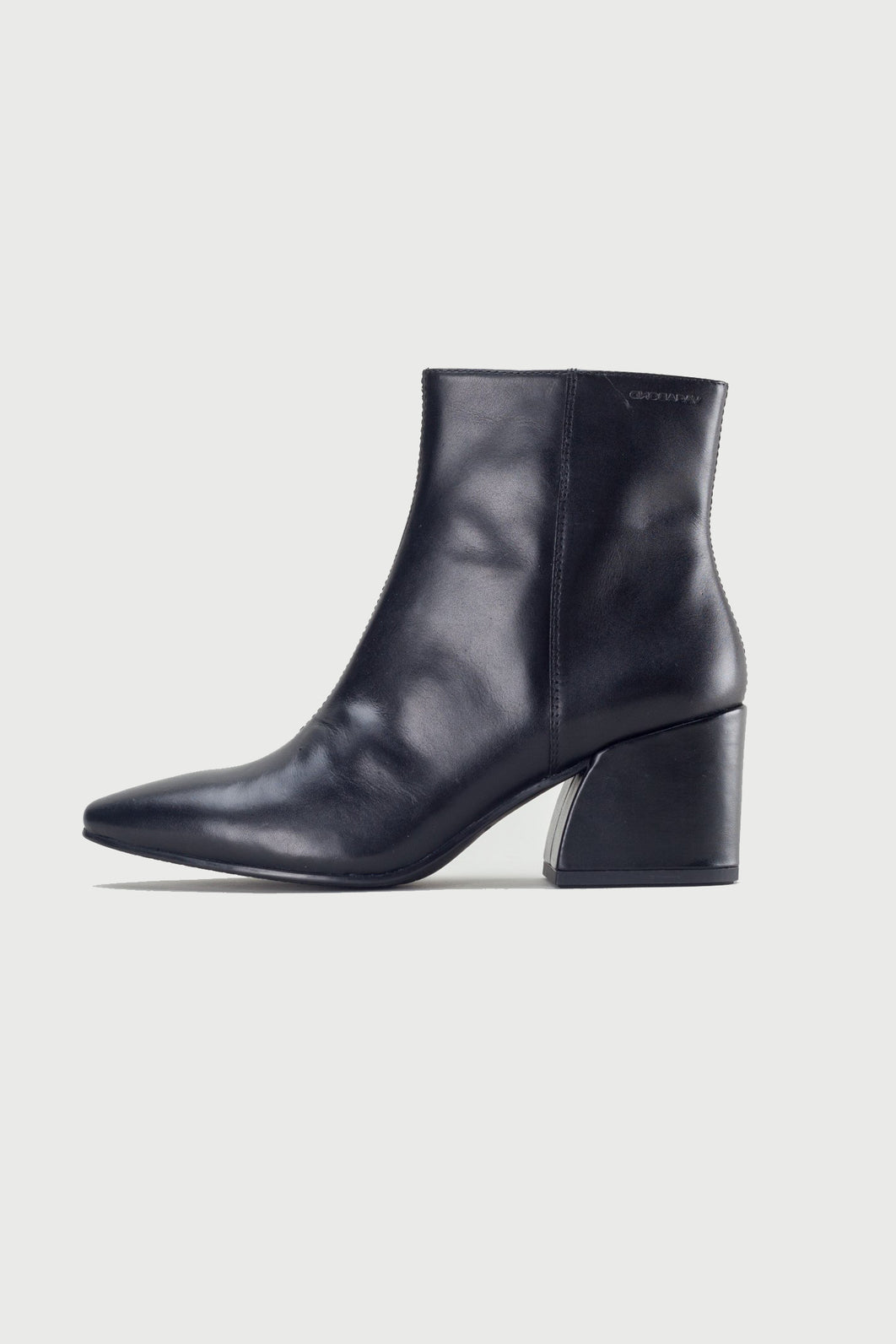Vagabond Olivia Black Leather Boot