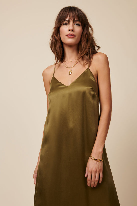 Jade Dress in Shiny Hunter Green - Whimsy & Row