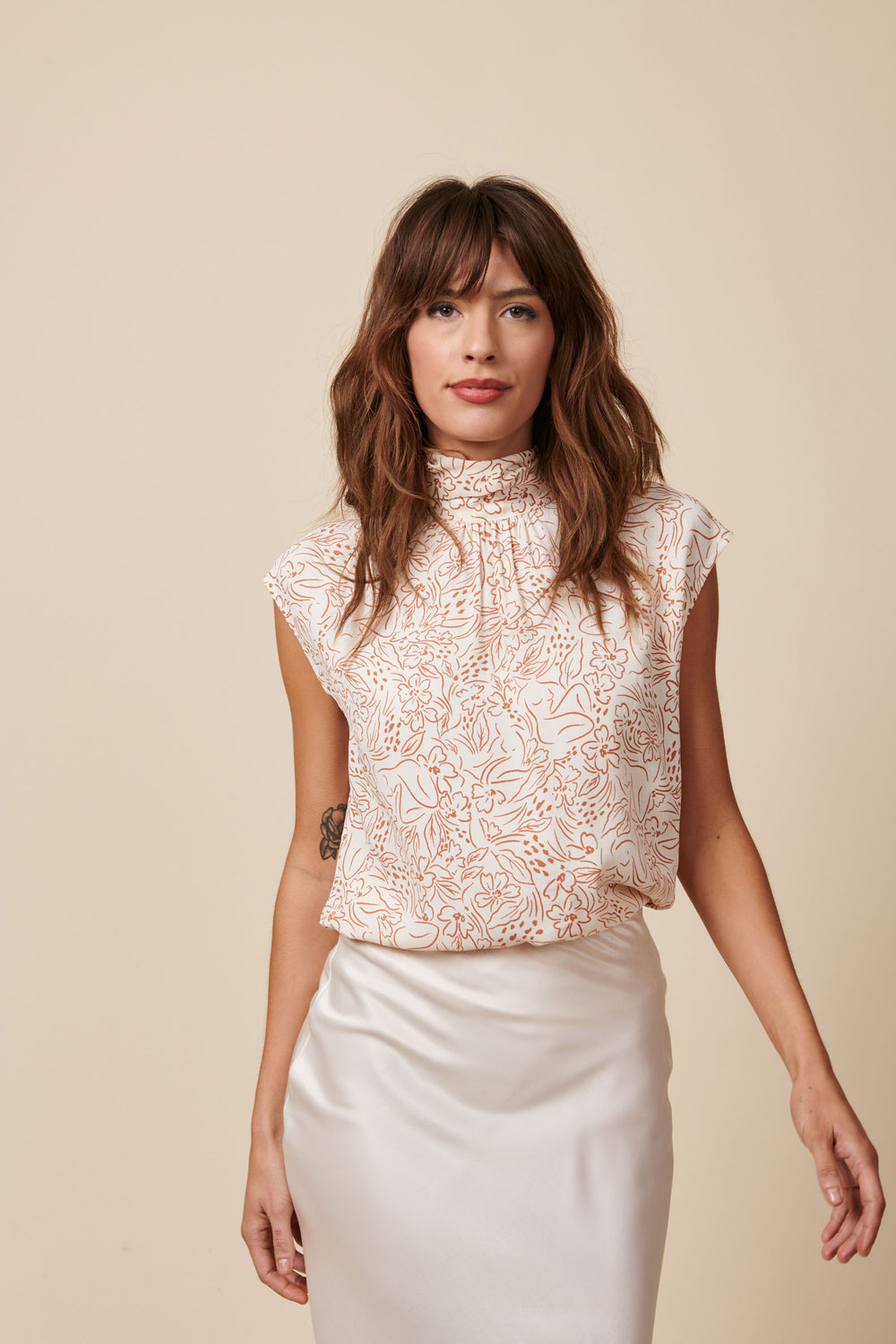Julia Top in Cream Lady Print - Whimsy & Row