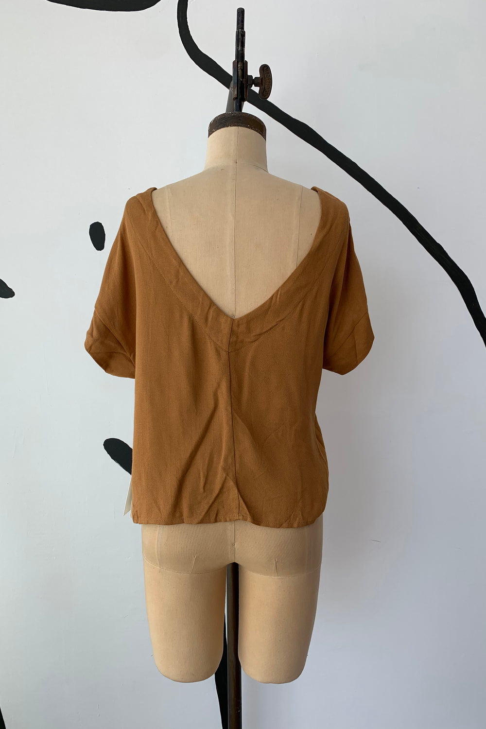 Sample Sale Lilah Top in Brown - Whimsy & Row