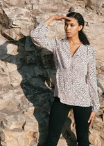 Load image into Gallery viewer, Mulberry Silk Blouse in Leopard