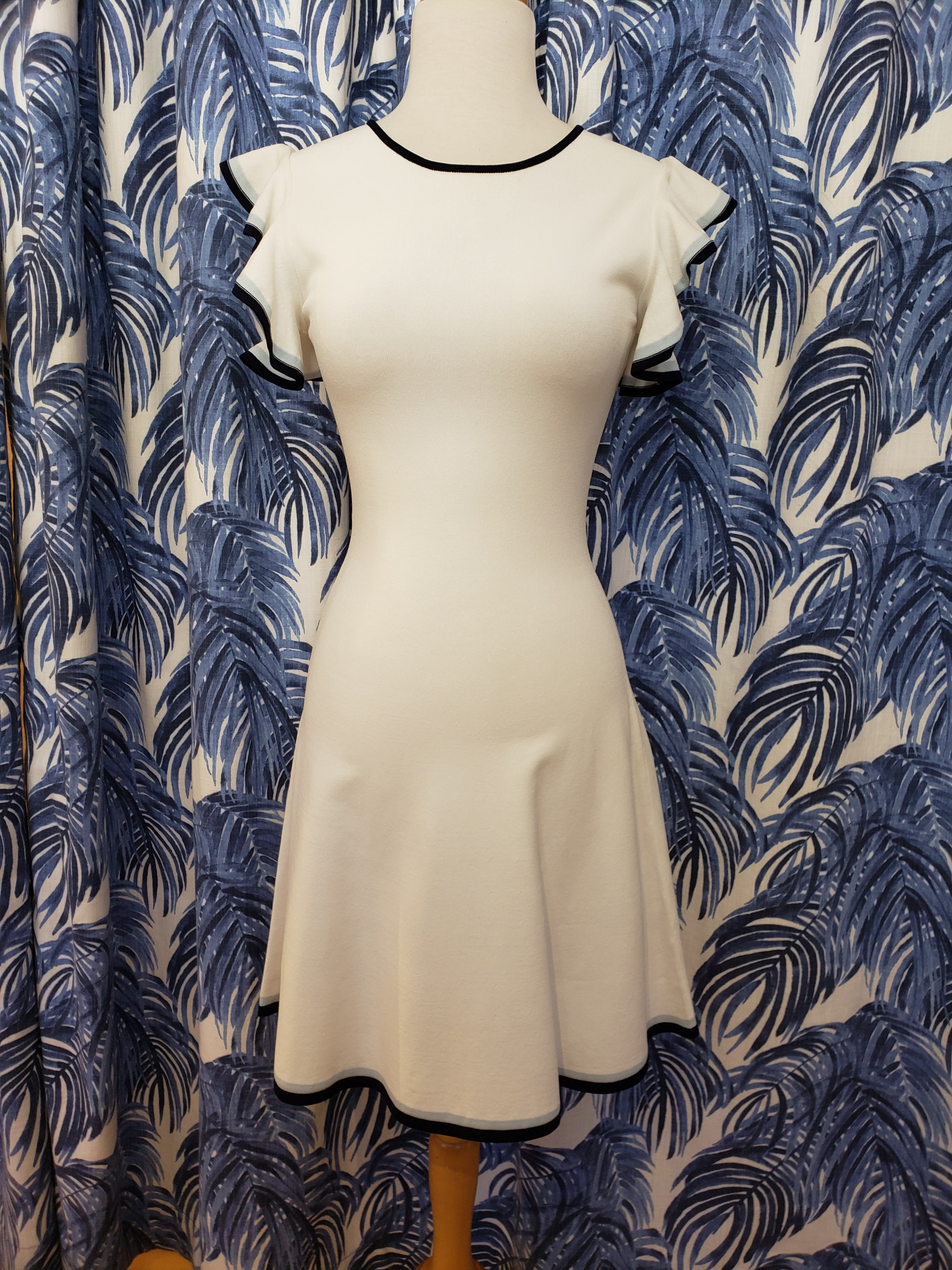 Saya Dress in White/Navy