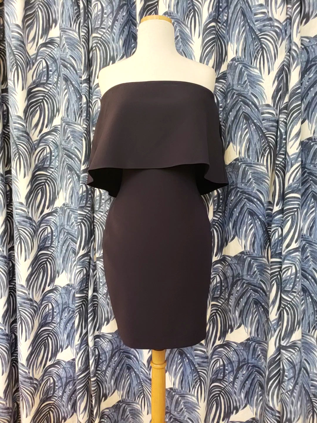 Mini Driggs Dress in Navy