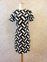 Load image into Gallery viewer, Zap Dress in Black and White Print