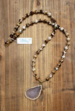 Load image into Gallery viewer, Coffee Agate Beads with Natural Agate Pendant Necklace