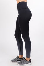 Load image into Gallery viewer, High Rise Dip Dye Legging in Black