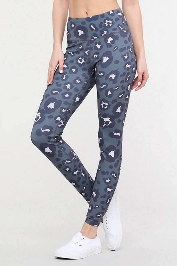 High Rise Leggings in Grey Leopard Print