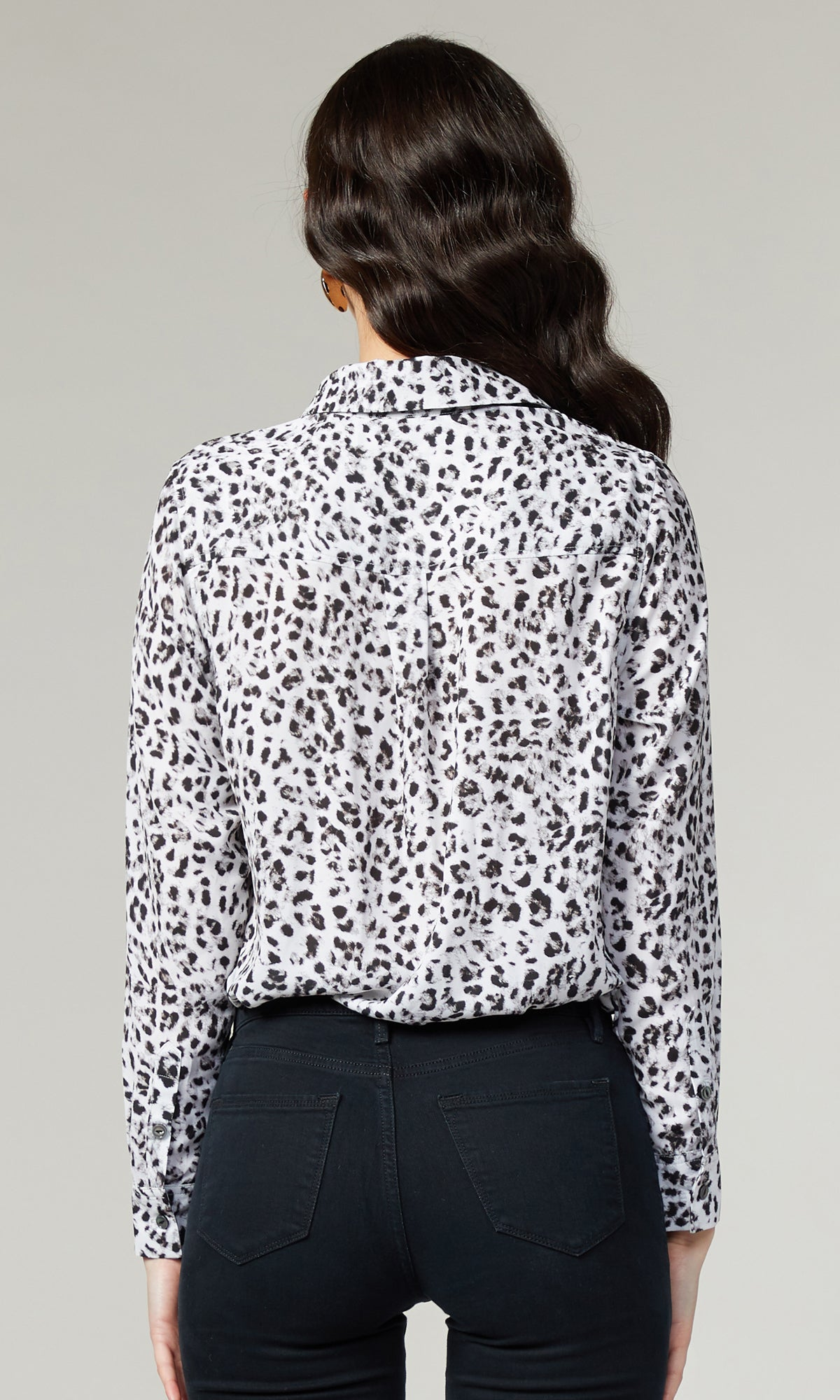 Alanna Blouse in Grey Leopard