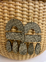 Load image into Gallery viewer, Elizabeth Earring in Taupe Snakeskin