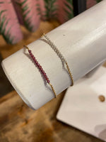 Load image into Gallery viewer, Anrika Bracelet in Garnet