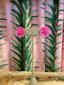 Rattan Flower Stud Earring in Fuchsia