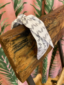 Fabric Headband in Black Zig Zag