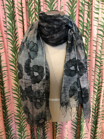 Ombre Floral Scarf in Black Combo