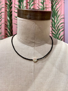 Iridescent Small Shell Center Choker in Black