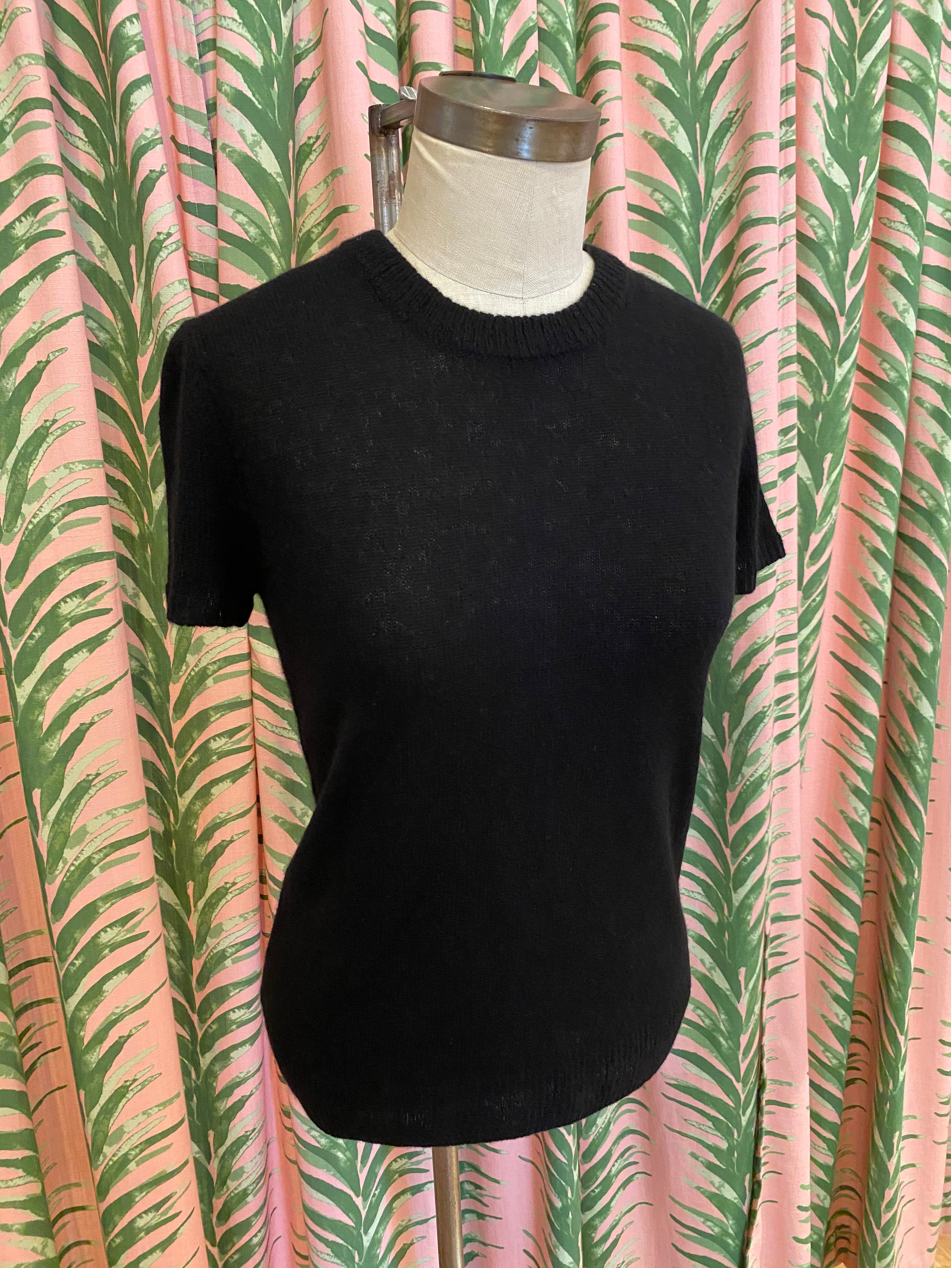 Cashmere Tee in Black