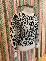 Load image into Gallery viewer, Leopard Mock Neck Pullover in Cream Multi