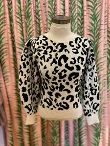 Leopard Mock Neck Pullover in Cream Multi