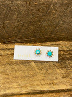Load image into Gallery viewer, 24K Gold Vermeil Pronged Studs with Turquoise