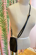 Load image into Gallery viewer, Italian Leather Crossbody Cellphone Bag in Black