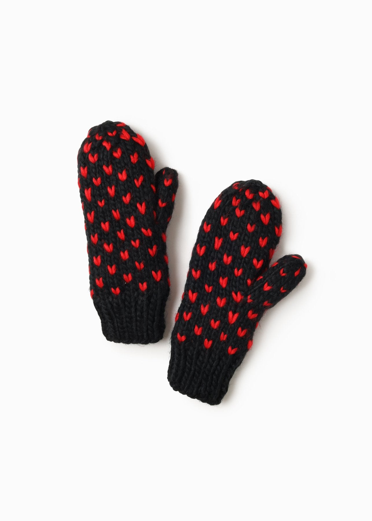 Little Heart Mittens in Black Combo