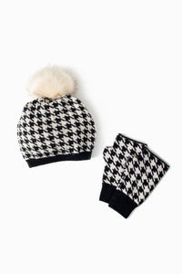 Houndstooth Knit Fingerless Gloves in Ivory