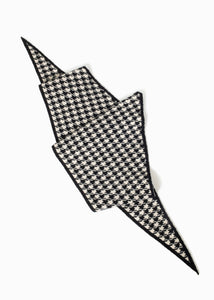 Houndstooth Reversible Shawl Scarf in Black/Ivory