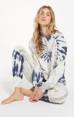 Load image into Gallery viewer, Tie Dye Pullover in Deep Indigo