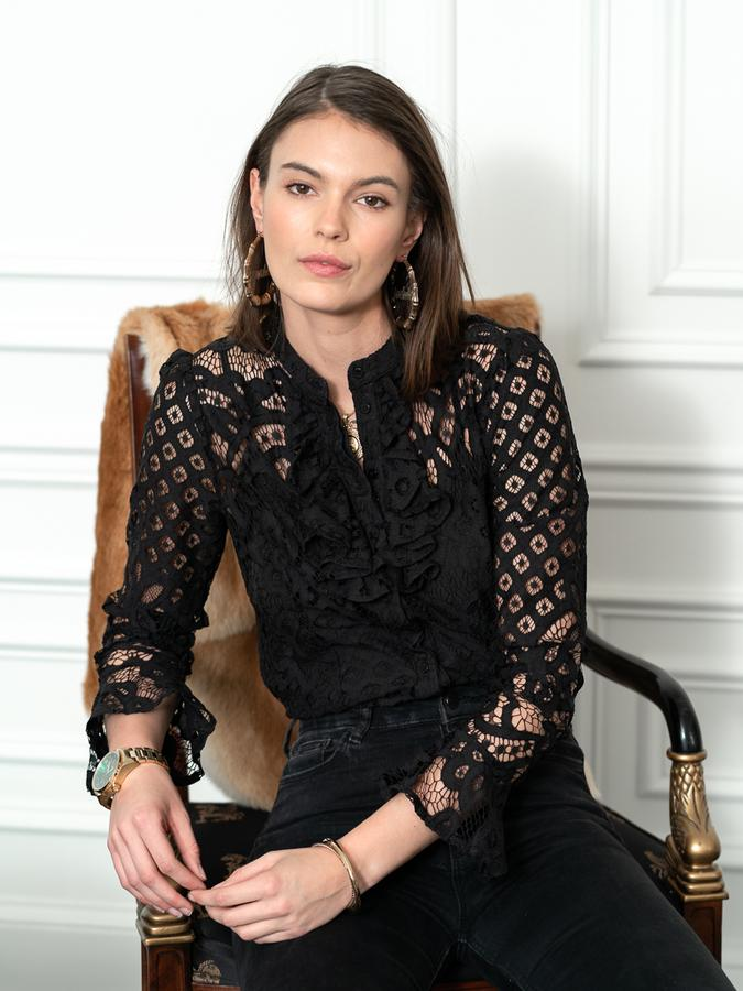 The Lace Shirt in Black