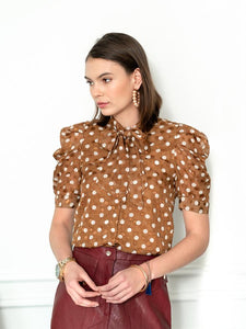 The French Bow Shirt in Tan/White