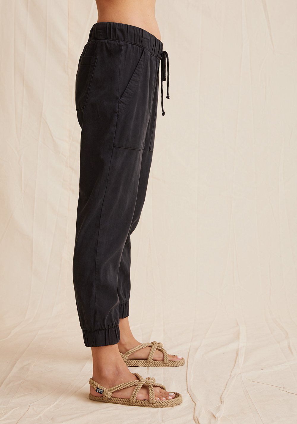 Pocket Jogger in Vintage Black