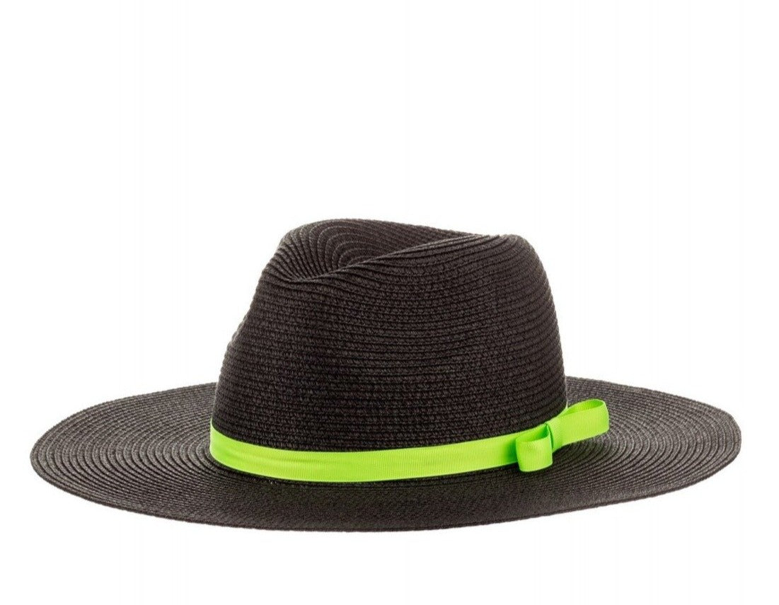 Straw Fedora With Ribbon in Black
