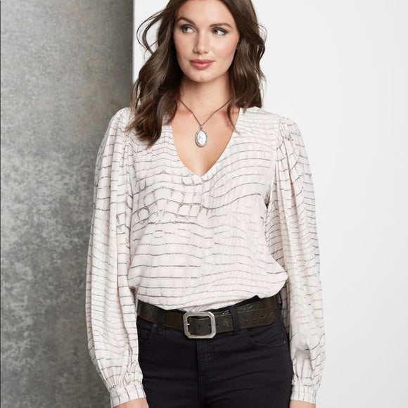 Blouson Sleeve Top in Subtle Croco Print