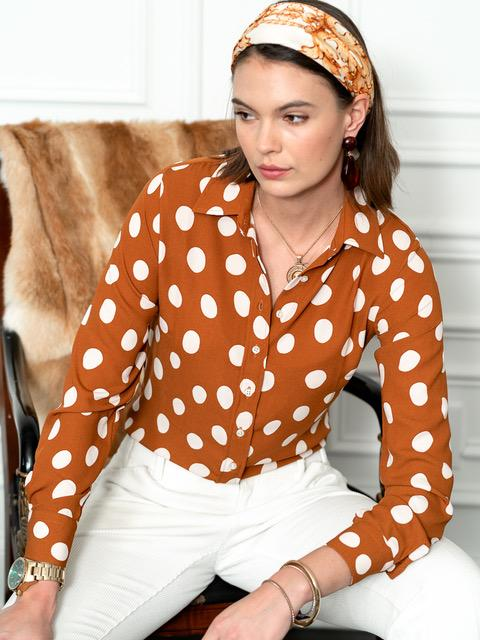 The Signature Shirt in Cognac/White Polka Dot