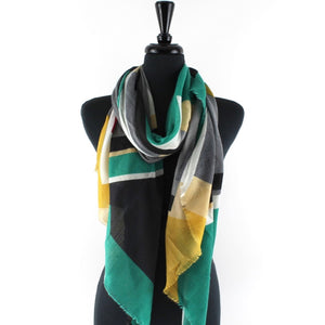 Puzzling Scarf in Black/Green