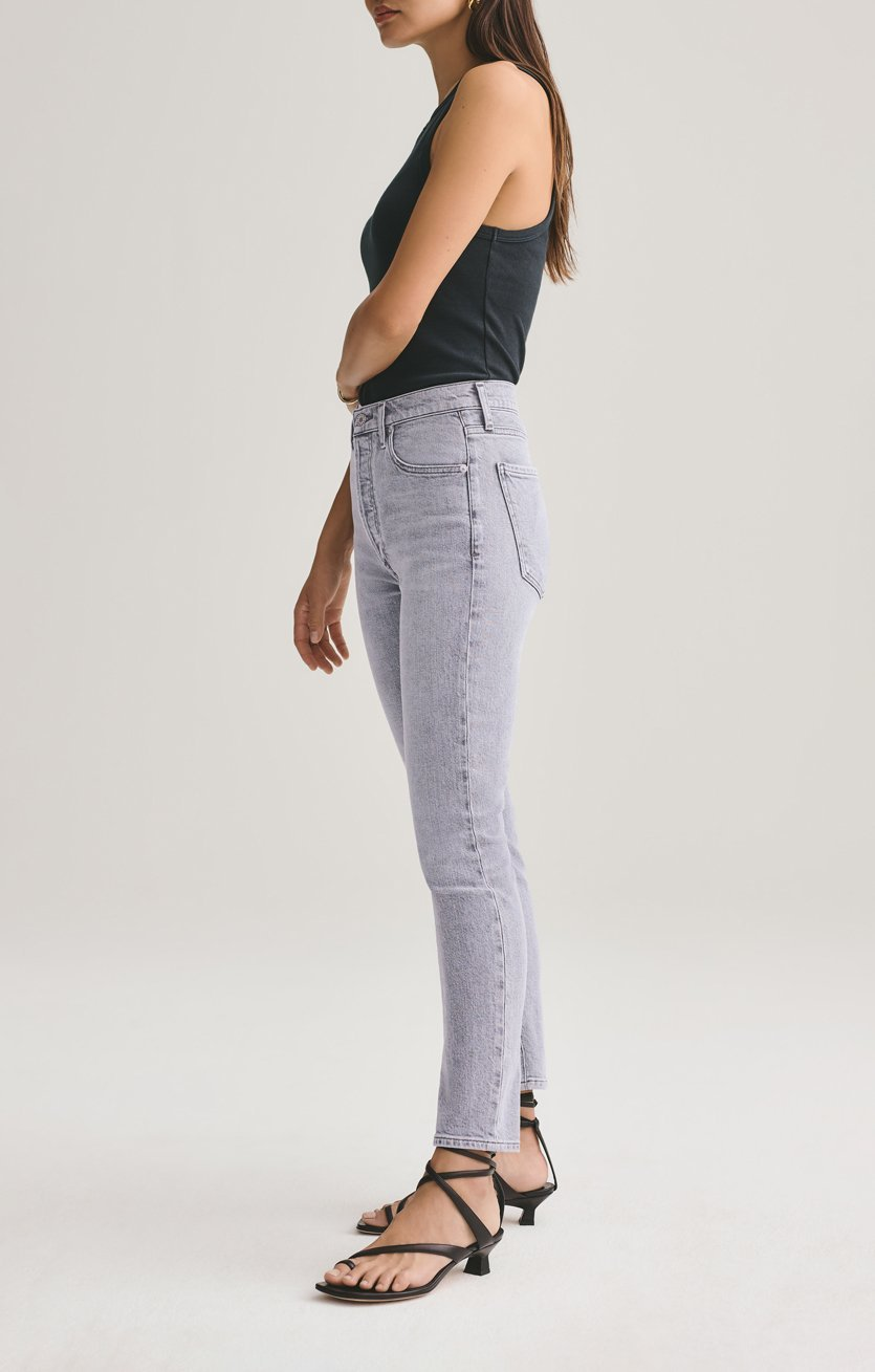 Nico High Rise Slim Fit Jean in Foretold