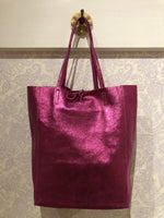 Load image into Gallery viewer, Italian Leather Metallic Tote in Fuchsia