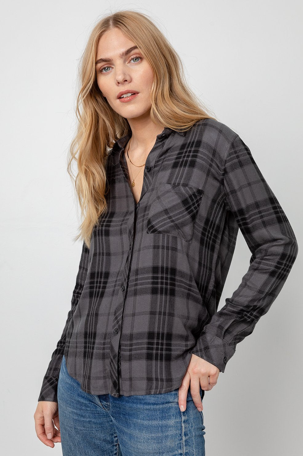 Hunter Plaid Shirt in Charcoal Jet