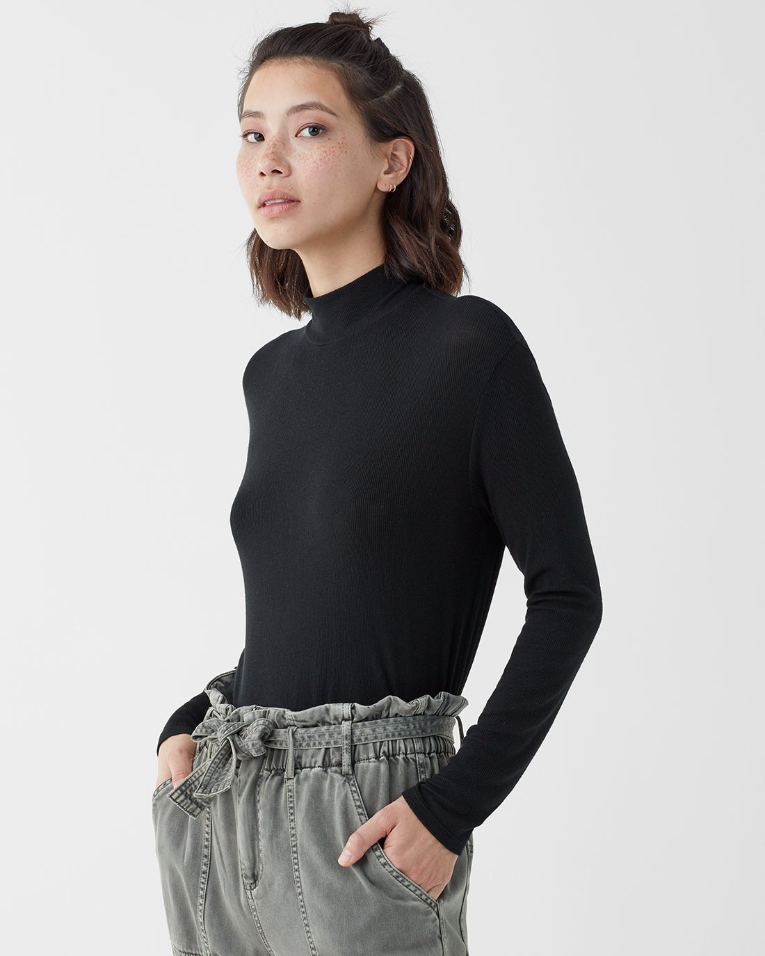 2x1 Rib Mock Neck Long Sleeve Shirt in Black