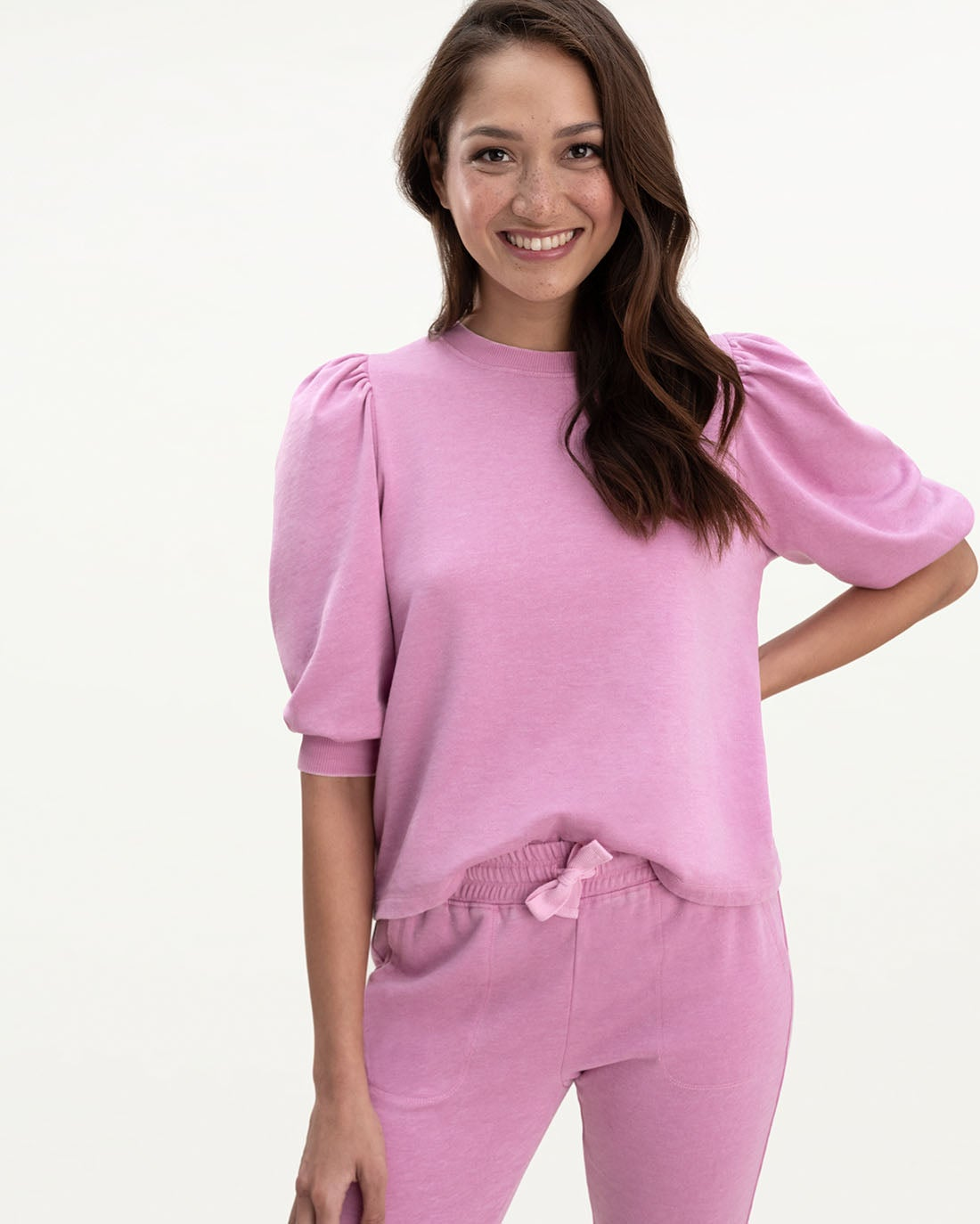 Mariposa Flounce Pullover in Peony