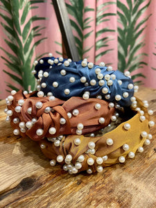 Pearl Headband in Tan