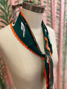 Pleated Running With the Bulls Print Scarf in Dark Green Combo