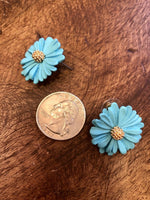 Load image into Gallery viewer, Daisy Earring in Bright Blue