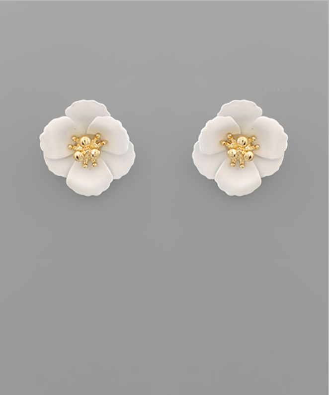 Small Flower Stud with Gold Center in Mint