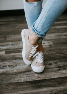 Maxine Casual Lace Up Sneaker